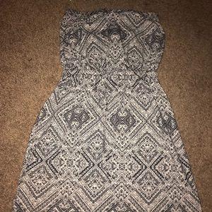 Strapless black and white pattern dress